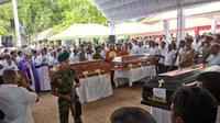 Suasana pemakaman massal di Sri Lanka (AP Photo)