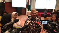 Gubernur Gorontalo Rusli Habibie berencana melakukan seleksi bagi penerima bantuan iuran BPJS Kesehatan (Liputan6.com/Giovani Dio Prasasti)