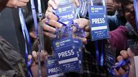 Wartawan yang tergabung dalam Forum Wartawan Persib (FWP) memboikot launching tim dan jersey Persib. (Bola.com/Erwin Snaz)