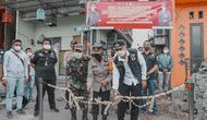 Wali Kota Surabaya Eri Cahyadi meresmikan kampung tangguh antinarkoba di Jalan Kunti Semampir. (Dian Kurniawan/Liputan6.com)
