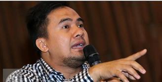 Menurut Agus Rudijanto, kliennya yang berinisial M tidak sedang mencari ketenaran dari kasus Saipul Jamil saat ini. Ia mengaku, kliennya merupakan salah satu penggemar Saipul yang terkejut saat sang idola melakukan kontak secara pribadi.