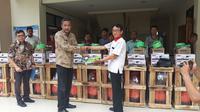 Bantuan Kemenperin berupa 10 paket peralatan bengkel ke Provinsi Banten. (Liputan6.com/ Yandhi Deslatama)