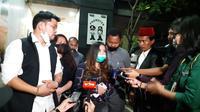 Putri John Kei kunjungi ayahnya di Rutan Polda Metro Jaya, Jumat (26/6/2020). (Istimewa)