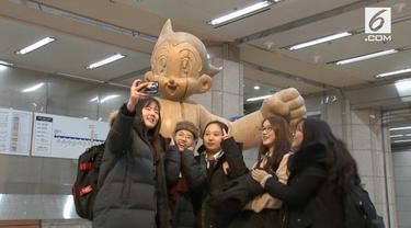 Sejumlah karya seni dipamerkan di stasiun kereta bawah tanah di Incheon. Selain ruang seni, beberapa area berubah menjadi fasilitas olahraga.