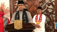 Gubernur DKI Jakarta Anies Baswedan mengumumkan UMP DKI 2020, Jumat (1/11/2019). (Liputan6.com/ Delvira Chaerani Hutabarat)