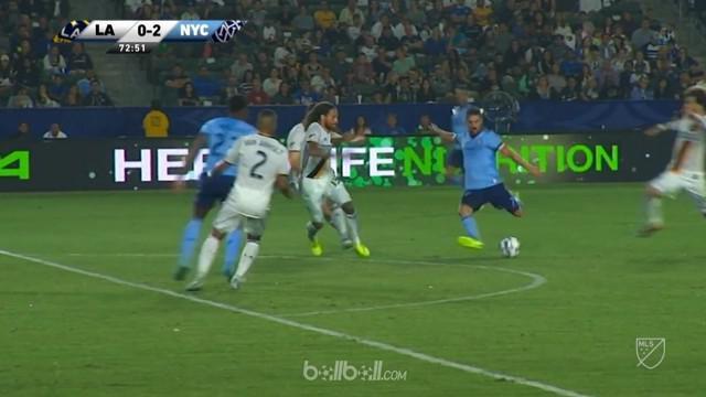 Berita video mantan pemain Barcelona, Davil Villa, menjadi pencetak gol terbanyak sementara di MLS.