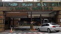 Rumah sakit Mater Dei menjadi tempat megabintang PSG, Neymar menjalani operasi di Belo Horizonte, daerah Tenggara Brasil, Kamis (1/3). Lantai itu juga untuk tempat tinggal sementara 10 pendamping Neymar saat operasi dilangsungkan. (DOUGLAS MAGNO/AFP)