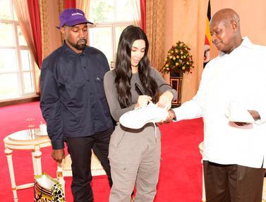 Kanye West Bertemu Presiden Uganda