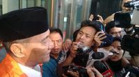 Tim penindakan Komisi Pemberantasan Korupsi (KPK) menangkap Bupati Kudus Muhammas Tamzil dalam operasi senyap. (Liputan6/Fachrur Rozie)
