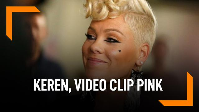 Keren, VIdeo Clip Pink Garapan Sutradara The Greatest Showman