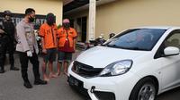 Dya residivis menipu juragan sapi dan hasil penjualannya dibelikan gadai mobil Honda Brio. (Foto: Liputan6.com/Humas Polres Kebumen)