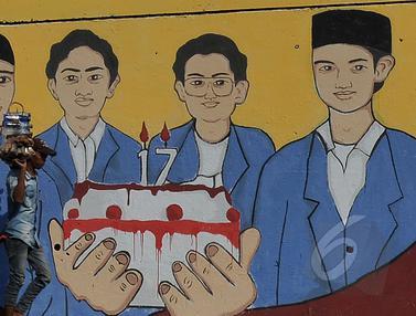 Kenang 17 Tahun, Mural Tragedi Mei 98 Terpampang di Depan Kampus Trisakti