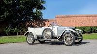 Mobil sport pertama, 1914 Vauxhall 25 hp 'Prince Henry' Sports Torpedo, terjual dengan harga US$ 657.185 atau setara dengan Rp 8,84 miliar (Foto: bonhams.com).