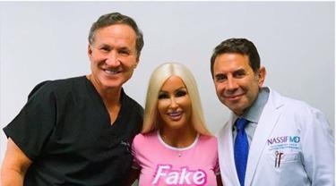 Nannette Hammond Jalani Serangkaian Operasi Plastik Agar Tetap Mirip Barbie