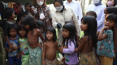 Menteri Sosial Tri Risamaharini