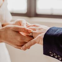 ilustrasi menikah/Photo by Emma Bauso from Pexels