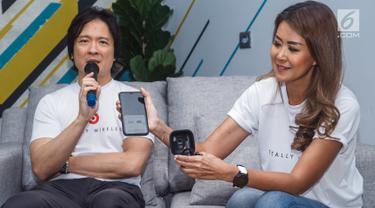 Direktur PT. Astro International Jones Prabowo, memberi keterangan pers pada peluncuran Run to Beats, Unveils Powerbeats Pro di Jakarta, Jumat (13/9/2019). Powerbeats Pro menjawab kebutuhan pelaku gaya hidup aktif yang gemar berolahraga dengan baterai tahan lama. (Liputan6.com/HO/Agus)