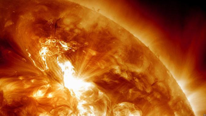 Ilustrasi matahari meledak pemicu kiamat (NASA)
