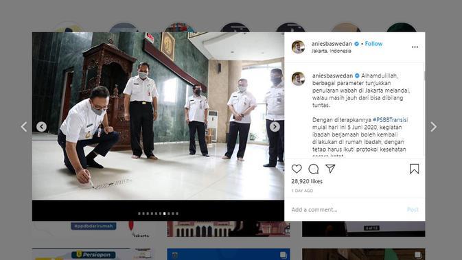 Penelusuran Klaim Foto  Anies Baswedan Coret-Coret Masjid