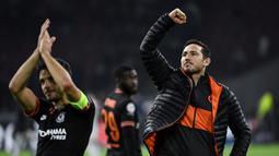Pelatih Chelsea, Frank Lampard merayakan kemenangan setelah pertandingan melawan Ajax pada pertandingan lanjutan Grup H Liga Champions di Johan Cruyff Arena, Amsterdam, Belanda (23/10/2019). Chelsea menang tipis atas Ajax 0-1. (AFP Photo/John Thys)
