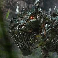 Ada robot bayi dinosaurus di trailer film Transformers: The Last Knight (Via: download-tv)