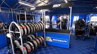 Pemasok ban MotoGP 2017, Michelin, yakin produknya akan sesuai dengan karakter aspal baru di Sirkuit Sachsenring pada MotoGP Jerman, Minggu (2/7/2017). (gpone.com)
