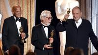 Pendiri Studio Ghibli, Hayao Miyazaki merasa bahagia bisa mendapat penghargaan dari penyelenggara Academy Awards melalui Governor's Award.