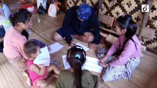 Jumat (21/4/2017), Warga Suku Baduy Luar yang memiliki Kelompok Belajar Baduy 'Membaca' ingin menemui Menteri Pendidikan dan Kebudayaan