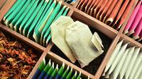 Teh celup sebenarnya hanya digunakan untuk sekali pemakaian, berbeda dengan teh yang berbentuk daun karena bisa dipakai berkali-kali.