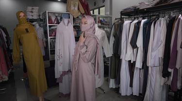 Rofikoh Pengusaha Baju Muslim dan Mukena