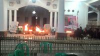 Suasana magis mewarnai setiap momen pemilu tingkat desa yang ada di Cirebon. Foto (Liputan6.com / Panji Prayitno)