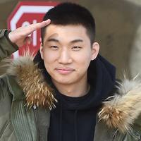 Pada Selasa (13/3/2018), Daesung BigBang mulai menjalani tugas wajib militer di Hwacheon, Gangwon-do. Ia merupakan personel BigBang keempat yang menjalani tugas wajib militer. (Foto: soompi.com)