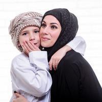 Ilustrasi Keluarga Muslim Credit: freepik.com