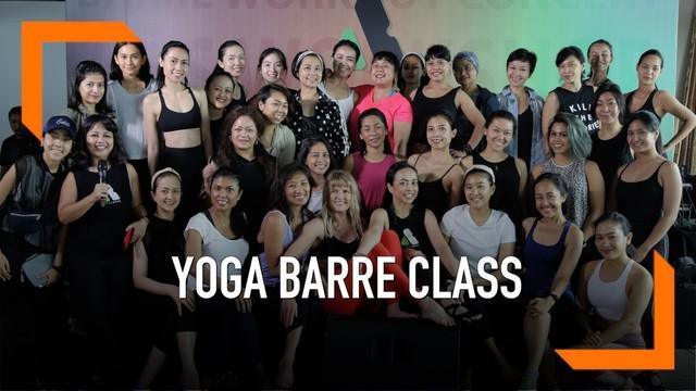 Yoga Barre Class, adalah kelas yang memadukan gerakan senam dan yoga. Perpaduan dua hal ini akan memberi efek kekuatan dan keseimbangan pada tubuh.