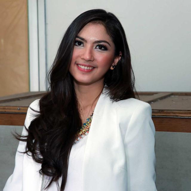 Jessica Mila Akui Dekat Dengan Mischa Chandrawinata News Entertainment Fimela Com Linkis Com