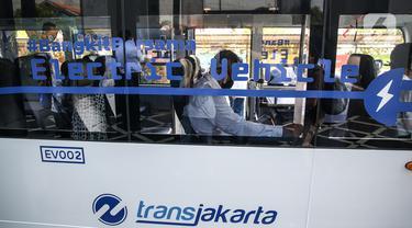 Transjakarta Uji Coba Bus Listrik untuk Angkut Penumpang