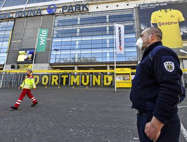 Signal Iduna Park markas Borussia Dortmund