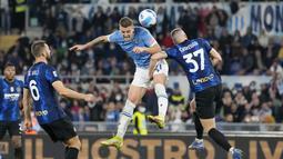 Lazio racikan Maurizio Sarri tampil begitu perkasa dan berhasil menundukkan Inter Milan asuhan Simone Inzaghi dengan skor 3-1. (AP/Alessandra Tarantino)