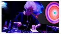 DJ Wika (sumber: reuters)