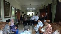 Ma'ruf Amin berkunjung ke rumah istri almarhum Gus Dur di Ciganjur Jaksel.
