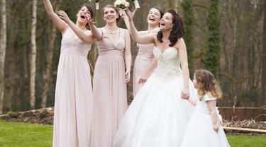 Gaun Bridesmaid