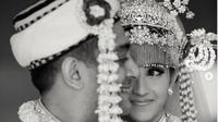 Pernikahan Tsamara Amany Alatas dan Ismail Fajrie Alatas. (dok.Instagram @tsamaradki/https://www.instagram.com/p/B3y5bKZHPEV/Henry)