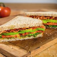 Makanan Enak Pembangkit Semangat Buat Kamu Sahur. (Foto: saladworks.com)