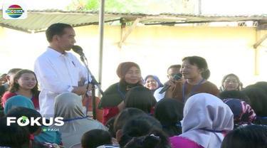 Presiden Jokowi temui nasabah penerima pinjaman usaha mikro Mekaar PNM di Tambora, Jakarta Barat.