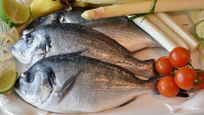 Cara Simpel Bersihkan Sisik Ikan Yang Keras Lifestyle Liputan6 Com