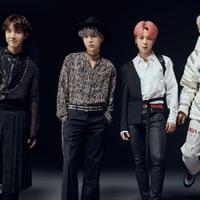 (kiri ke kanan) tidak mau kalah.  Jhope, Suga, Jimin, dan RM juga terlihat kompak dengan kostum mereka masing-masing. (Liputan6.com/facebook/@bangtan.official)