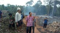 Perkampungan Suku Badui Luar, tepatnya di Kampung Kadu Gede, Kecamatan Leuwidamar, Kabupaten Lebak, Banten, terbakar, Kamis (12/9/2019)