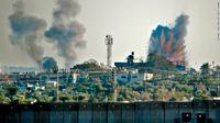 Roket Israel menghantam Jalur Gaza (Thomas Coex / AFP PHOTO)