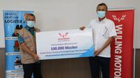 Wuling mendonasikan 100 ribu masker kepada Gugus Tugas Percepatan Penanganan Covid-19 untuk memerangi pandemi Corona Covid-19. (Wuling Motors)