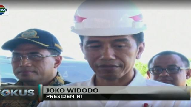 Presiden Jokowi berharap pembangunan Bandara Douw Aturure akan selesai paling lambat pada tahun 2020 mendatang.